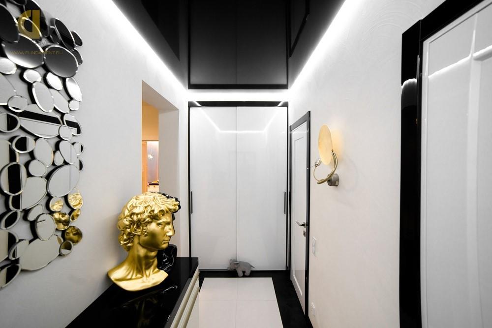 Керамогранит в дизайне пола в коридоре