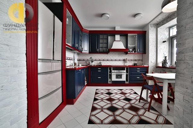 Дизайн плитки на кухне с узором «ковер»