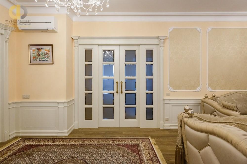 Красивые межкомнатные двери в интерьере